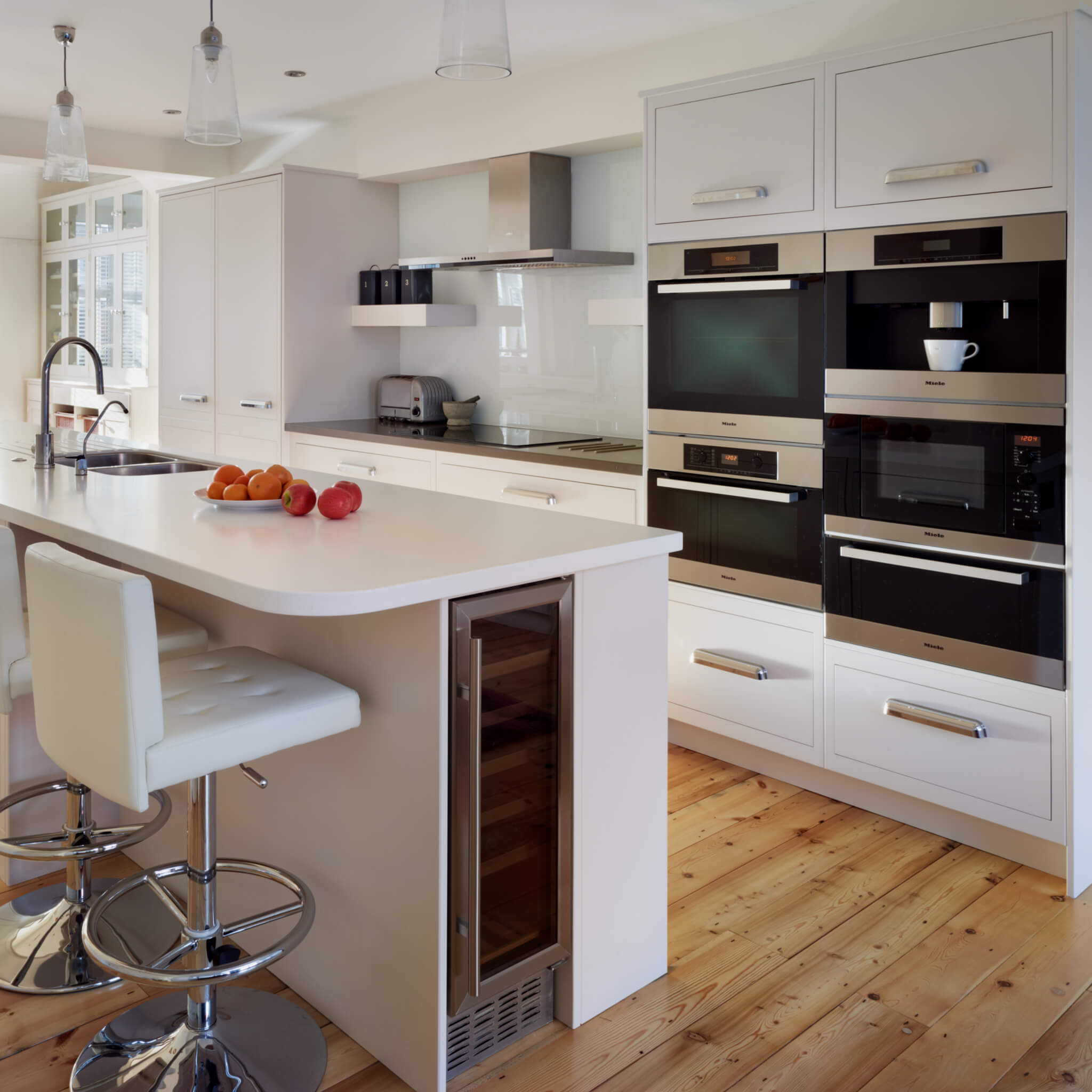 Choosing Colours In Your Kitchen White Kitchens