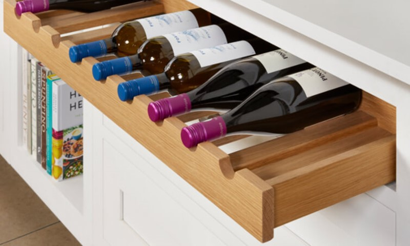 Wine-drawer