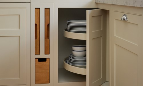 Bespoke kitchen cabinet storage
