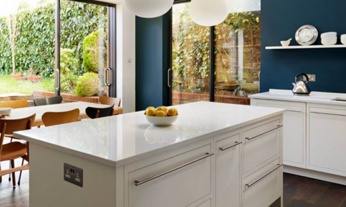 Harvey Jones Linear kitchen with island