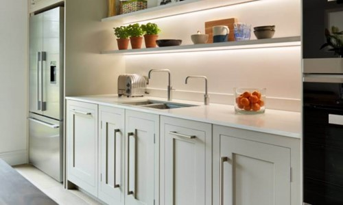 Harvey Jones Shaker kitchen with under-shelf lighting