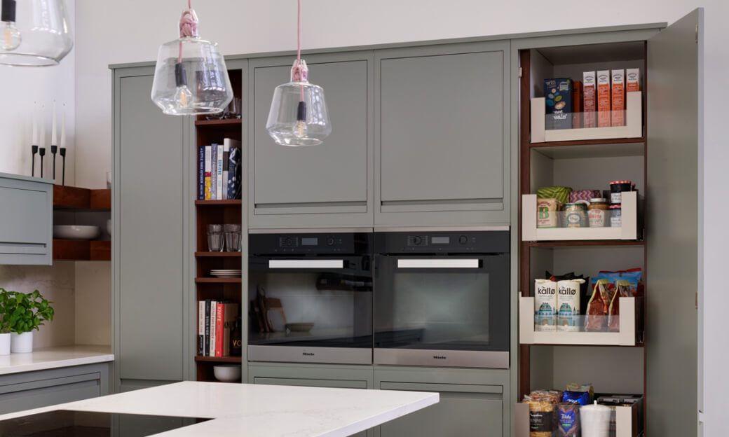 Delightful ... Give Our Cabinetry Its Exceptional Durability, But Offers A  Contemporary And Understated Handleless Aesthetic Thanks To Its Trademark  Striking Cutback.
