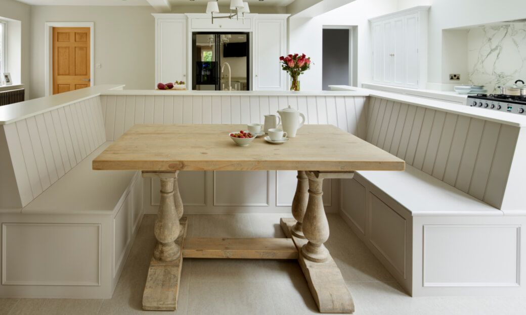 Harvey Jones White Kitchen Bench With Wooden Table