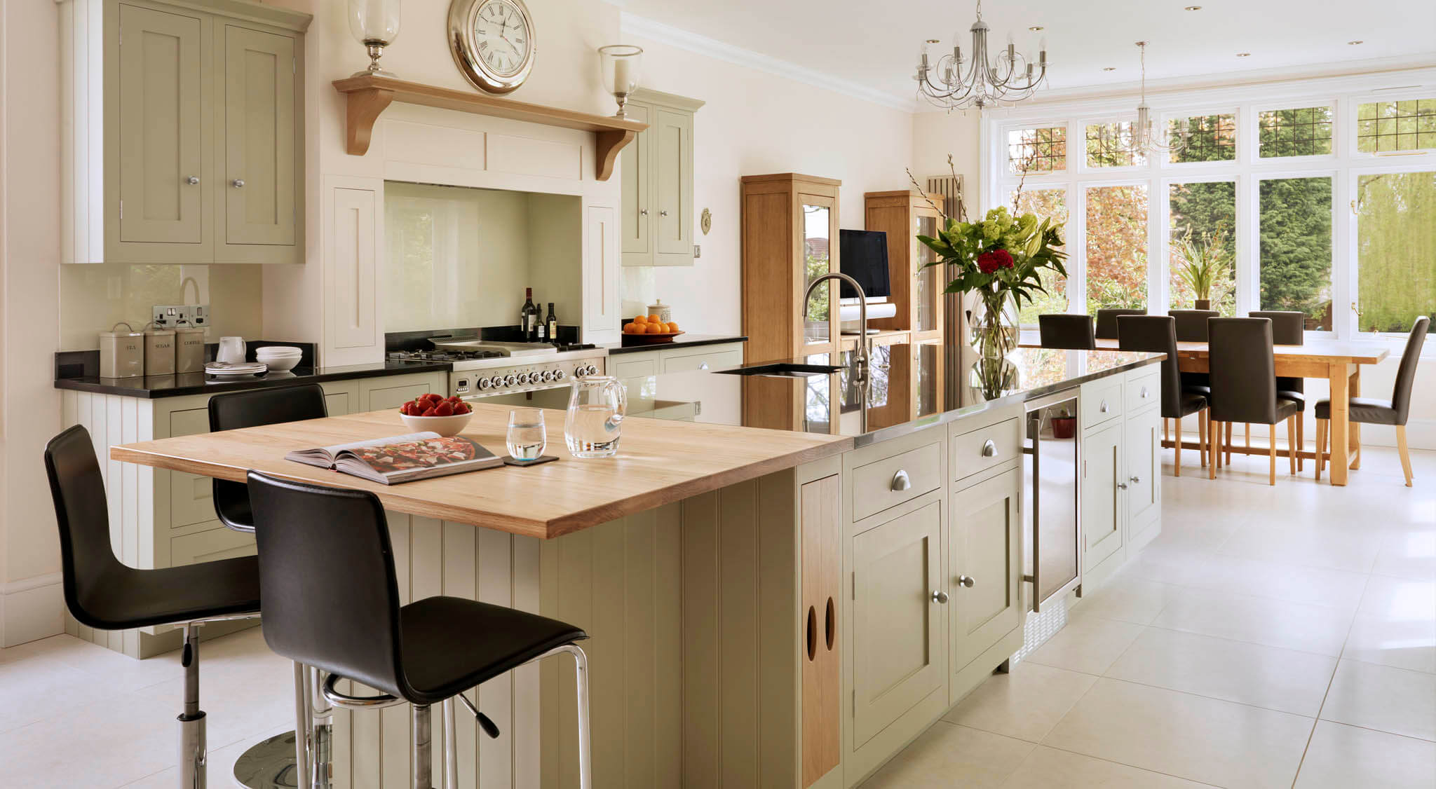 Open Plan Oak and Green Painted Shaker Kitchen